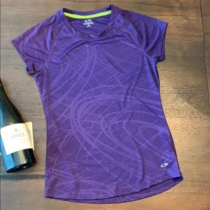 Champion semi fitted athletic top